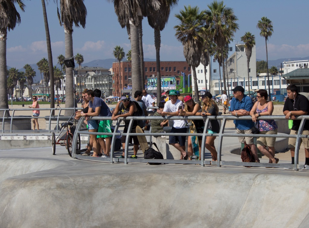 Skating in Venice Beach Spectators