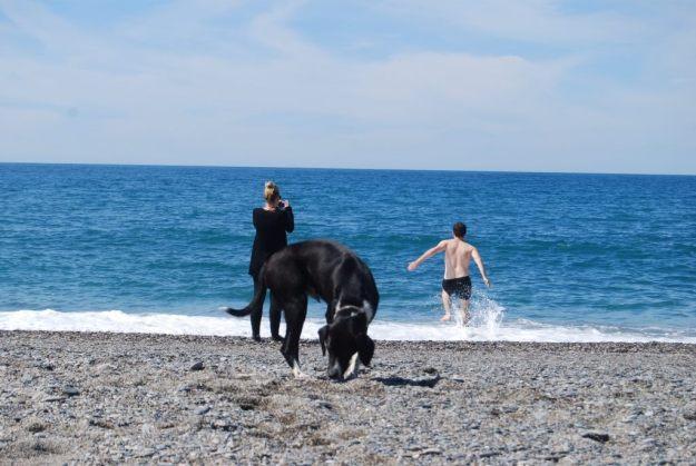Australians splashing around in Salobrena